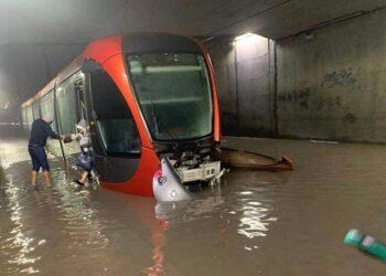 """حزب الحركة الشعبية يدعو الى بلورة برنامج إستعجالي للوقاية من الفيضانات ويطالب بفتح تحقيق """"مفصل"""" حول الفيضانات الأخيرة"""